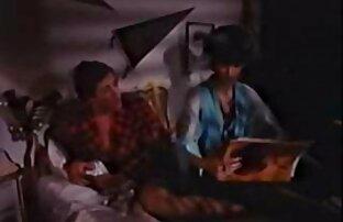 پوره جوان در مقاطع فيديو جنسية ساخنة هنگام رابطه جنسی گرم است